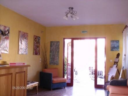 vila-contis_receptia_1-562x422